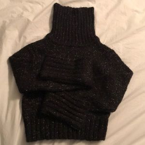 Guess cropped black sweater